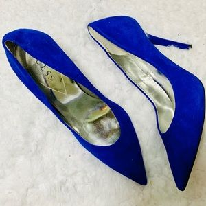 {GUESS} Leather Blue Suede Heels